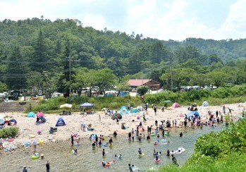 Playing in the water, Iwakura campground